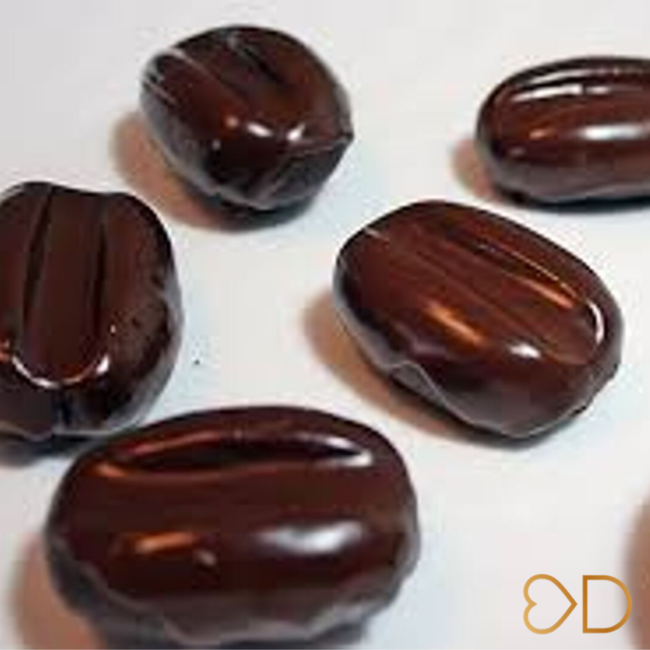 Kávové zrná v čokoláde